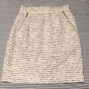 H&M white and black stitched pencil skirt size 6